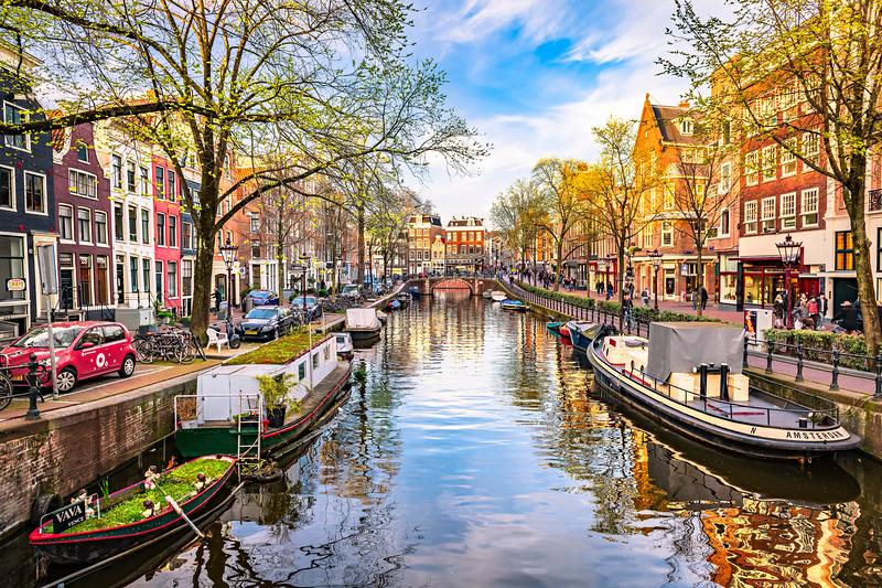 Amsterdam-Canals-Spiegelgracht_gracht-grachten-Rijksmuseum-Prinsengracht-Netherlands-Europe_DSC0551-Art-Consultant