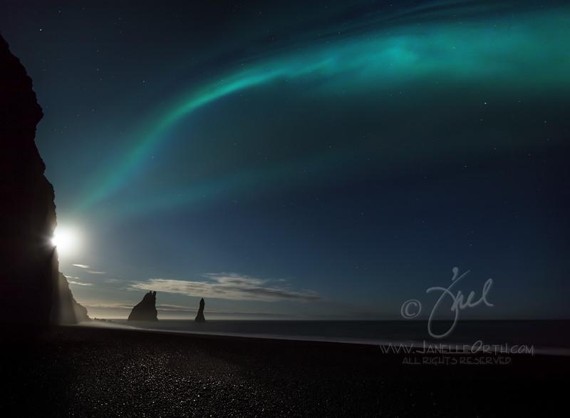 Aurora Wave  ©2018  Janelle Orth