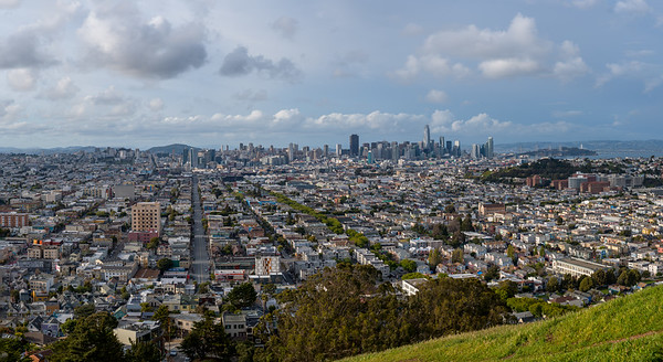 San Francisco as viewed from Bernal Heights Hill.