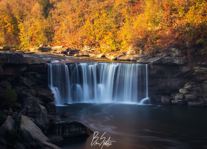 The Niagara of the South | Cumberland Falls