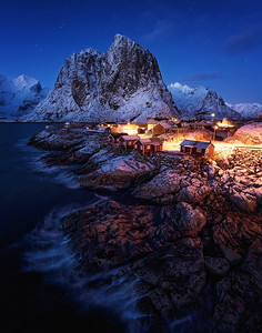 Cosy cabins at Hamnoy