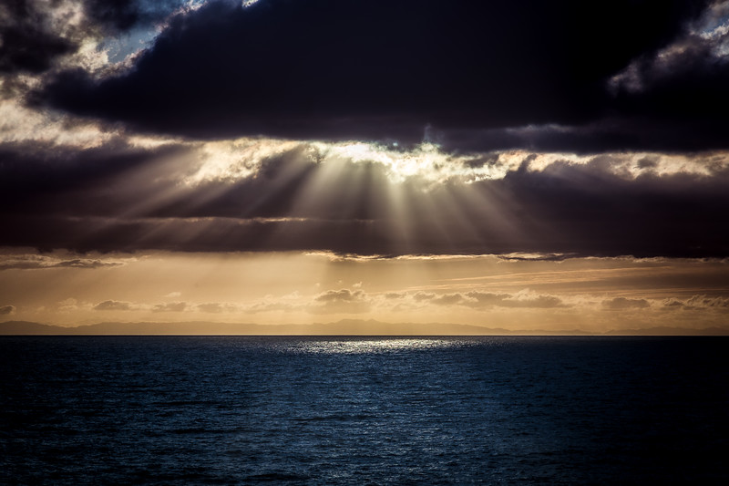 Crepuscalar Rays at Woods Cove