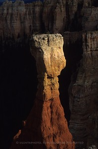 Pedestal Rock - Bryce Canyon