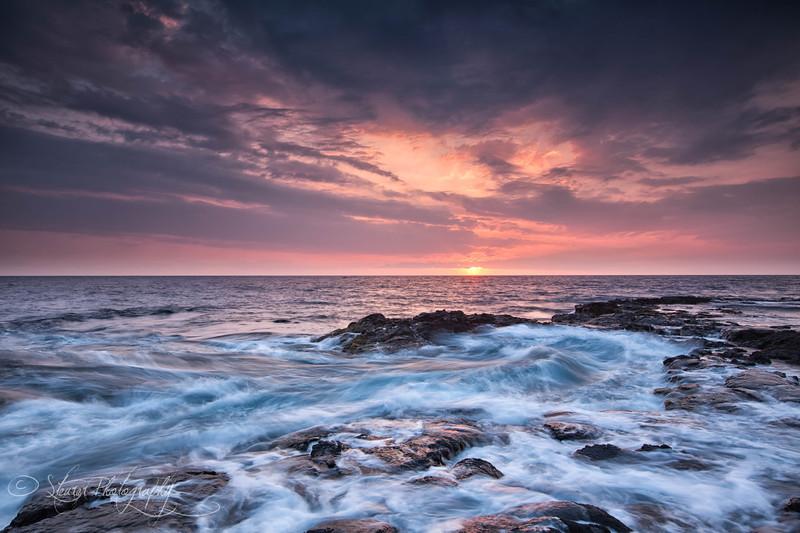 Last light at Place of Refuge - Big Island of Hawai'i, HI