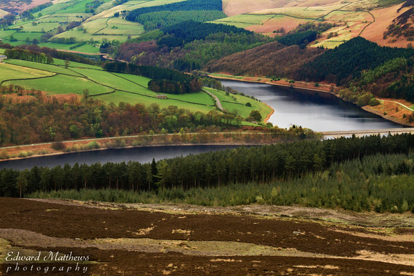 Ladybower Reservoir (Peak District in England) from hiking trail