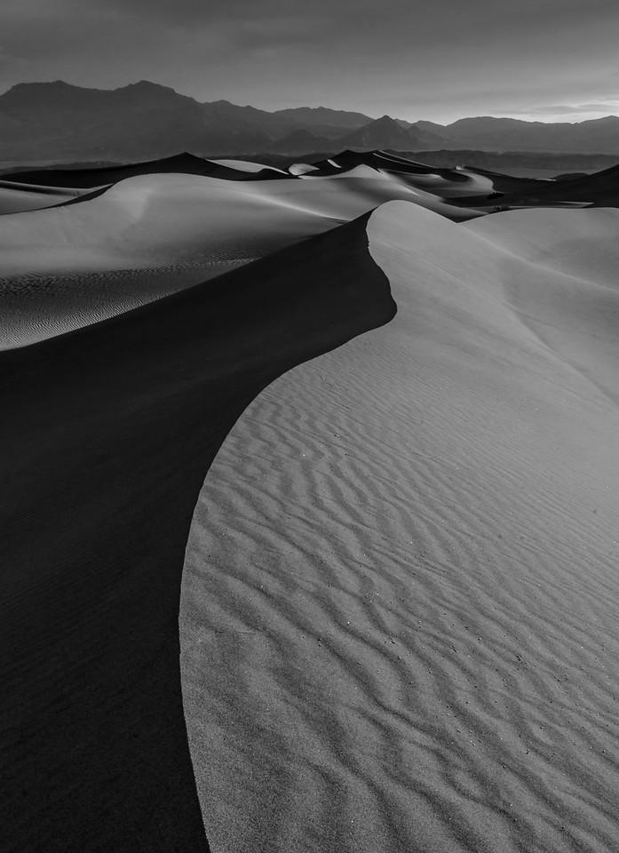Mesquite Sand Dunes, Death Valley, CA, USA