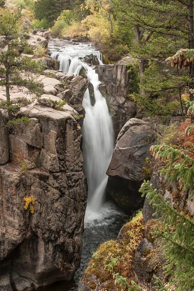 Shell Canyon, WY waterfalls
