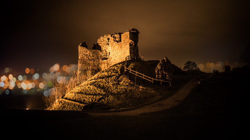Kendal Castle Night