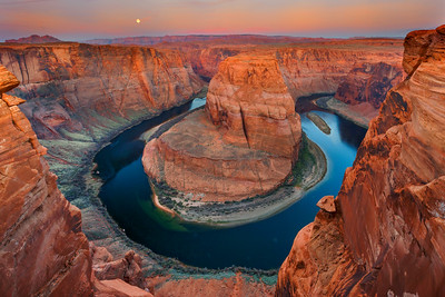 Moonset Over Horseshoe Bend