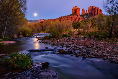 Moonrise Over Oak Creek