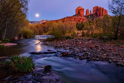 Moonrise Over Oak Creek