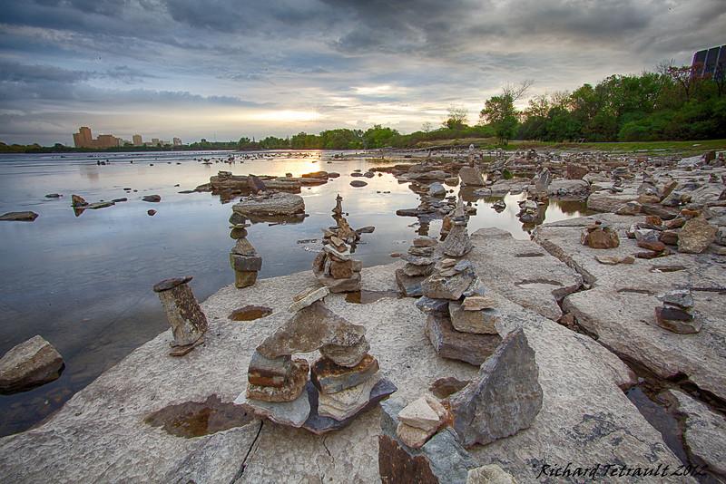 Ottawa_Rock_Balance-9-2 (4)