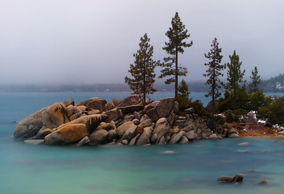 Turqoise waters and a stromy spring morning at Sand Harbor State Park, Lake Tahoe, Nevada, USA.