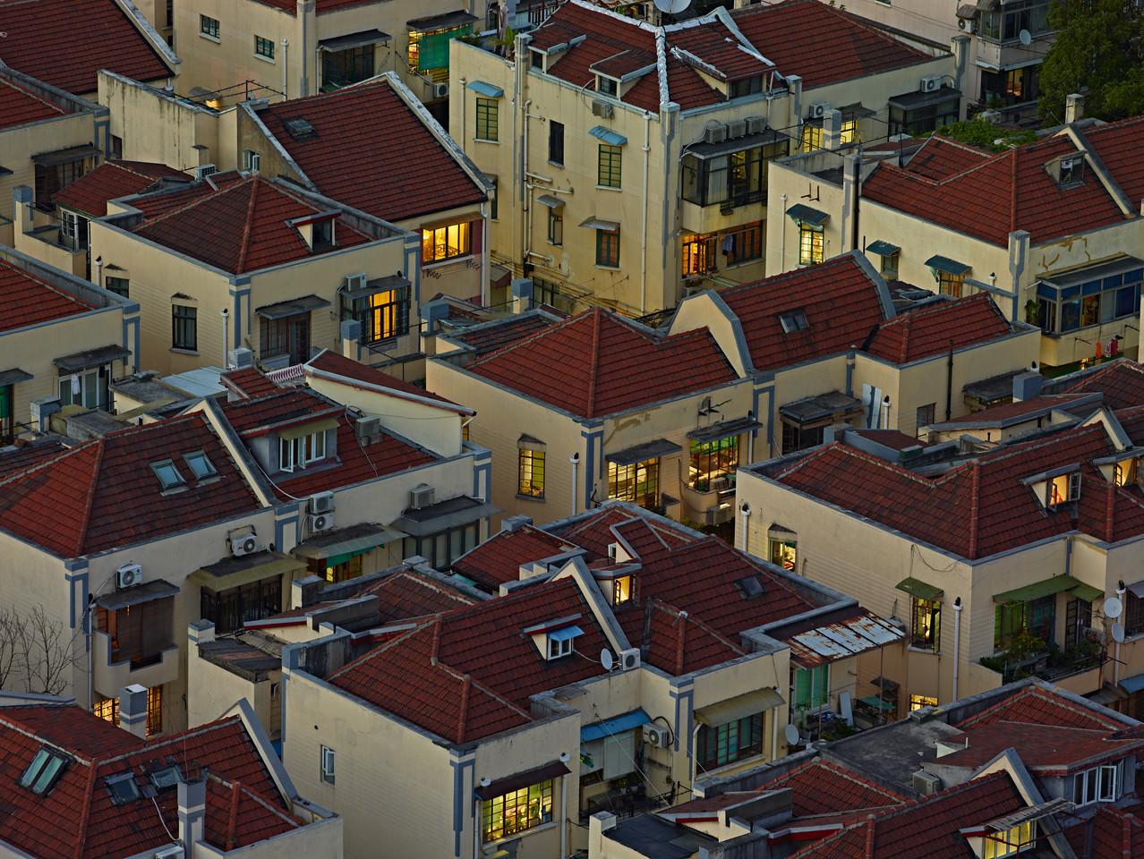 20) Houses