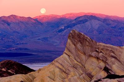 Moonset at Sunrise, Zabriskie Point