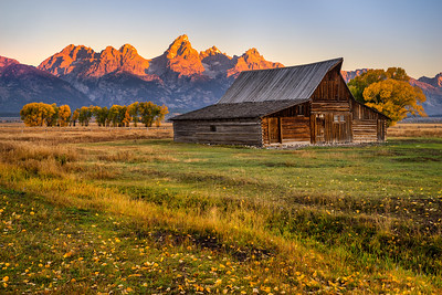 Moulton Barn and Teton Range