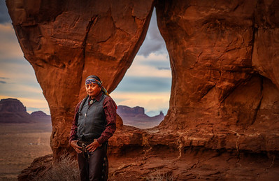 Lorenz Holiday at Teardrop Arch