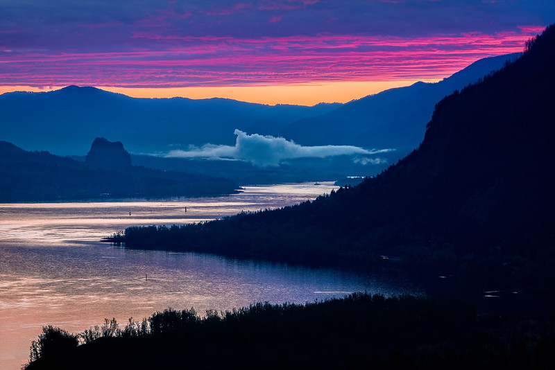 Columbia River Gorge Overlook