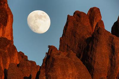 Moonrise Over Western High Peaks