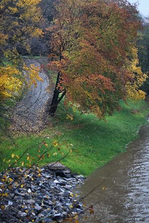 IMG#2790 Rainy, dreary October day, 2009. Taken from a bridge in Danville, Pennsylvania.
