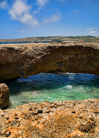 IMG#9026  Natural Bridge, Aruba's western end 5/19/09. This portion was still intact during this visit.