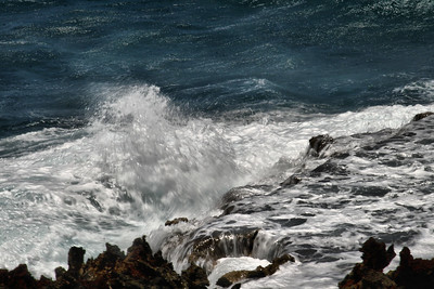 IMG#0997 Rocky cliffs of the western tip of Aruba-2010