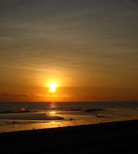IMG#1783 7:09AM Sept 2008-Myrtle Beach