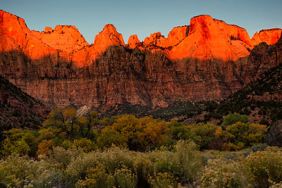 Sunrise light on Temples and Towers of the VIrgins, Zion National Park, Utah, USA.