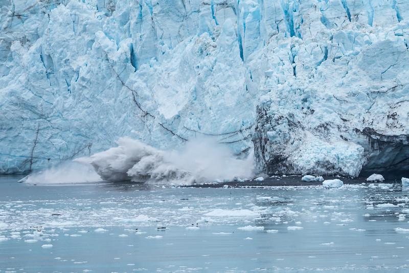 Glacier Bay - Margerie Glacier - Glacier Calving...