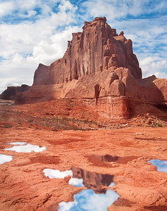 _KGB0234-Edit_red_rock_reflection