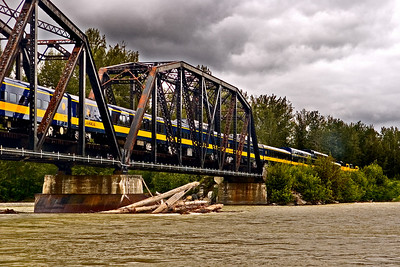 The Alaska Railroad northbound across the Talkeetna River.
