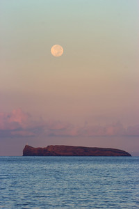"""West of the Sun"" (The full moon sets over Molokini Islet 10-19-13)"