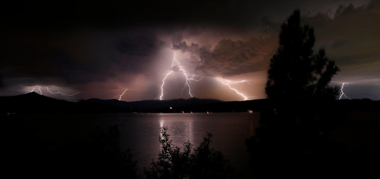 Lightning pano