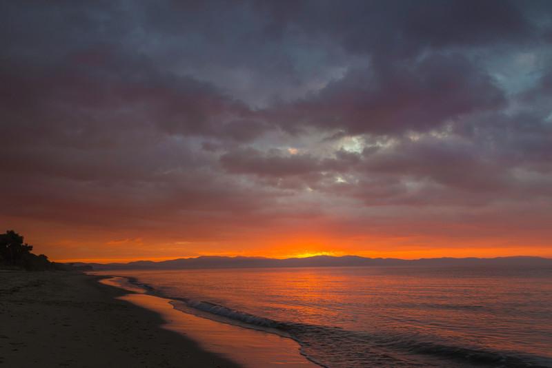 golden ocean sunrise