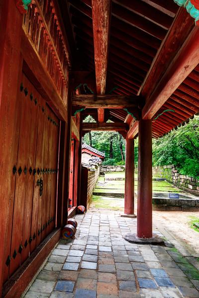 Palace side entrance