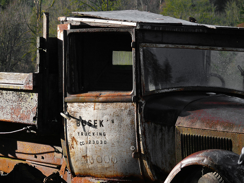 Old Truck - Busek's Trucking<br /> <br /> Near Galvin WA.
