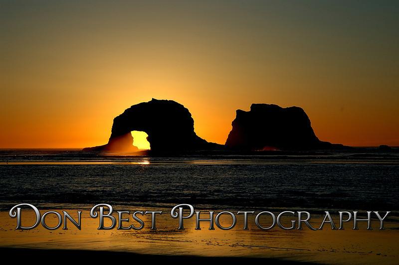 Twin Rocks Sunset #1250