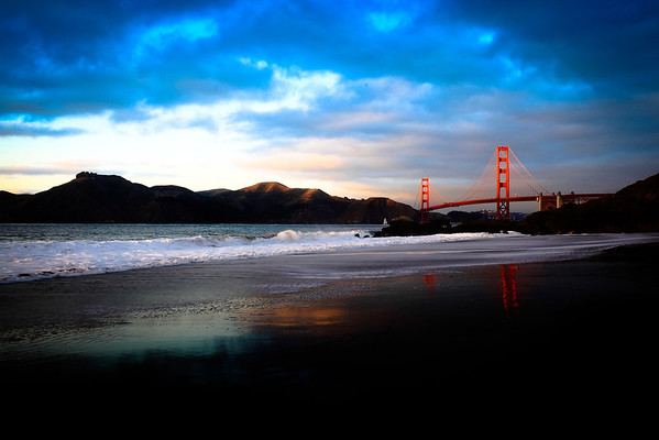 Sunset upon the Golden Gate Bridge.