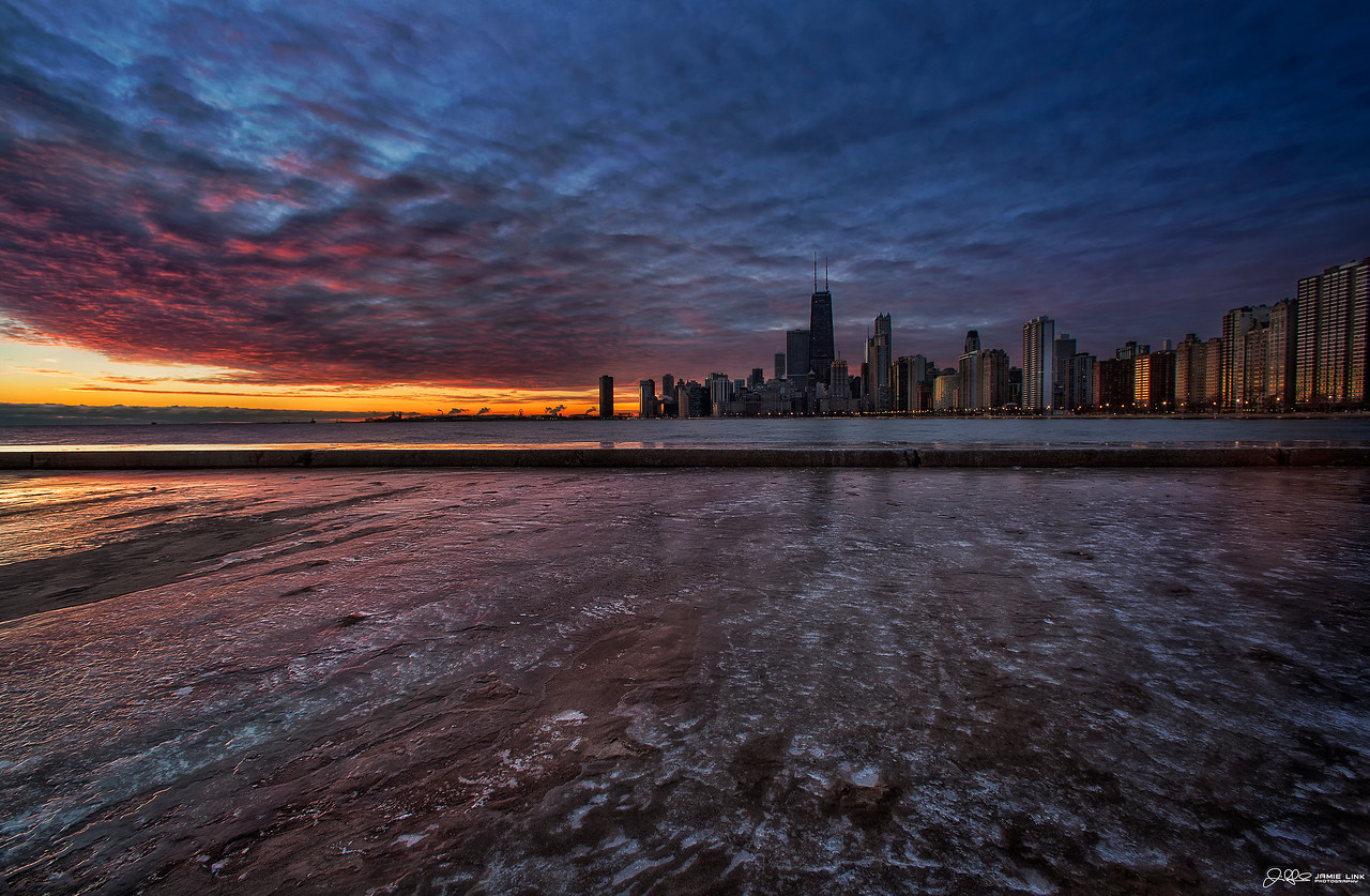 ICY WINDY CITY SUNRISE...<br /> <br /> Woke up randomly on this morning at 530 and I couldnt fall back asleep no matter how hard I tried. I cant put my finger on it, but something was telling me to bundle up and head out into the cold, so I got up and headed out. I was rewarded by one of the most beautiful sunrises I have ever seen Chicago!!! Totally worth it IMO!!!