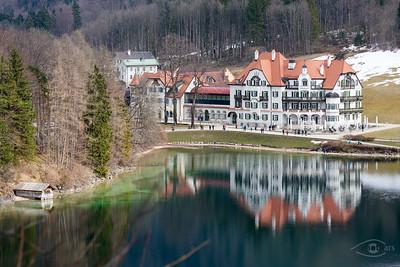Alpsee mit dem Museum der Bayerischen Könige, Bayern, Deutschland