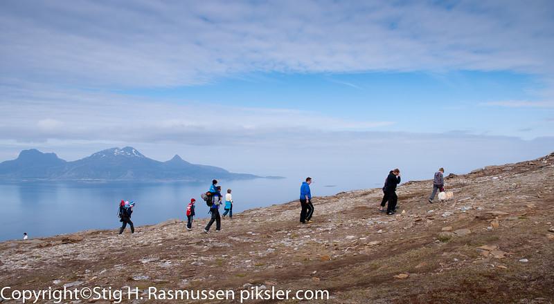 På tur opp til Keiservarden i Bodø