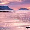 Saltenfjorden med Sandhornet og Fugløya i bakgrunnen