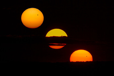 Venus Transiting a Setting Sun - Progression
