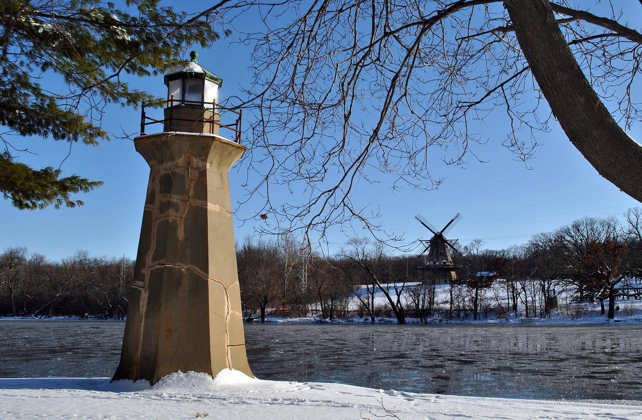 Fabyan Light & Windmill - Batavia, IL
