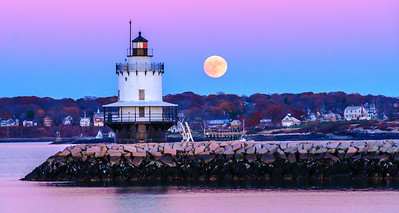 Spring Point Lighthouse and Supermoon