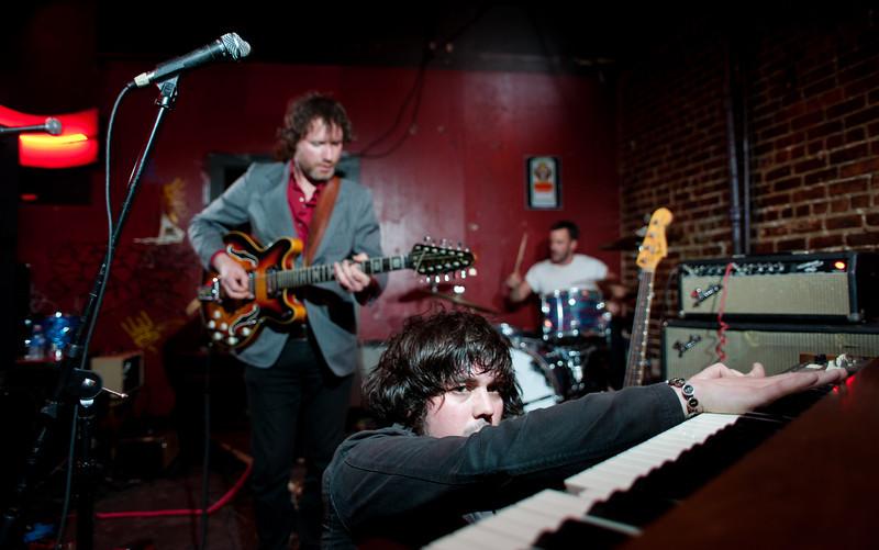 The Lovetones @ The Comet