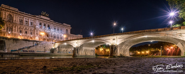 Ponte Umberto and the Palace of Justice