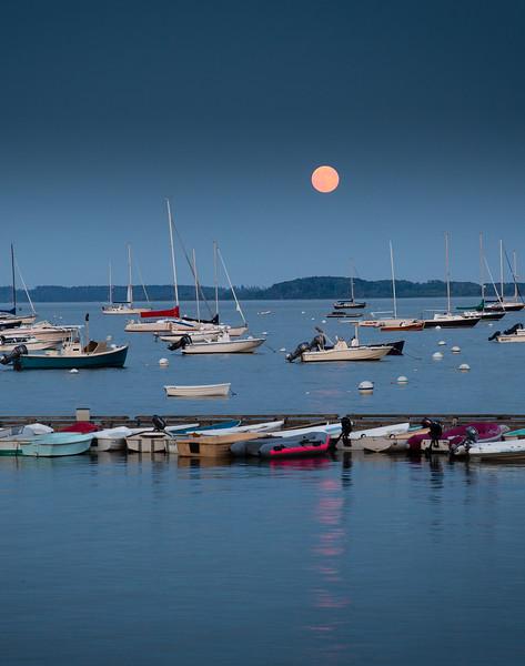 Super Moon over Town Landing