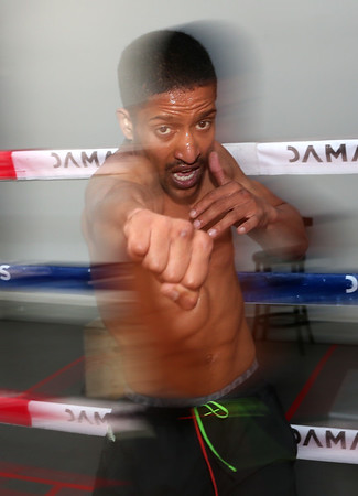 Professional Flyweight Boxer, Daniel Pontac Training in Cape Town