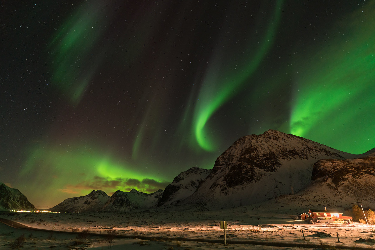 Aurora over Ramberg || Lofoten Islands, Norway